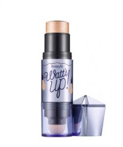 iluminador maquillaje benefit